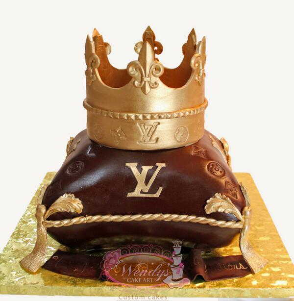 louis vuitton royal crown cake art