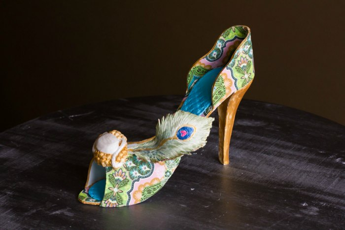 peacock shoe cake art