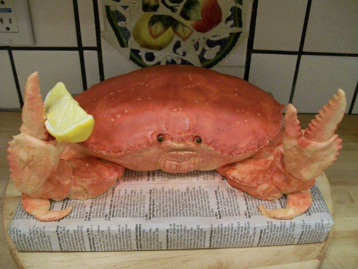 crab with lemon slice