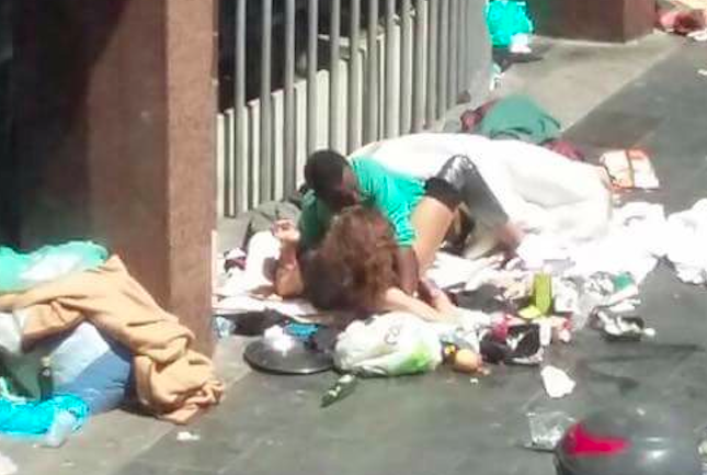 public sex on the garbage rome