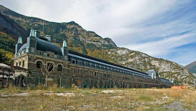 canfranc international railway station france
