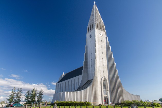 hallgrimskirkja church island