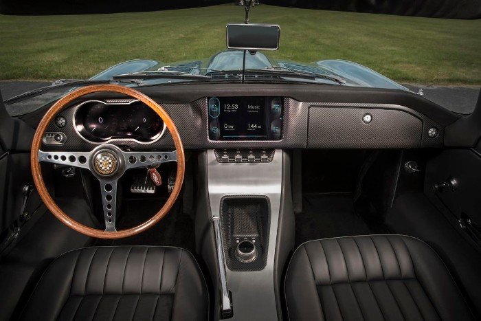 jaguar e-type zero inside