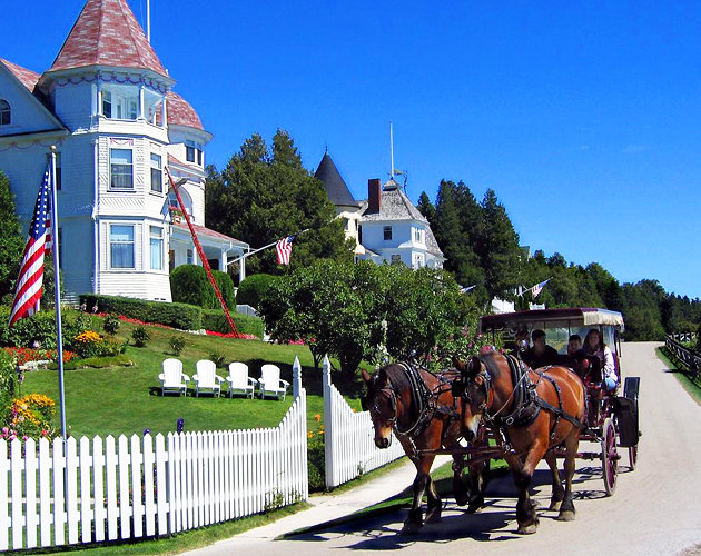 mackinac island cities whithout car