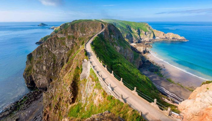 sark island cities without a car